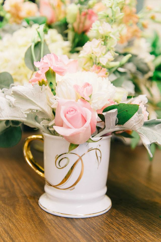 vintage mug wedding decoration