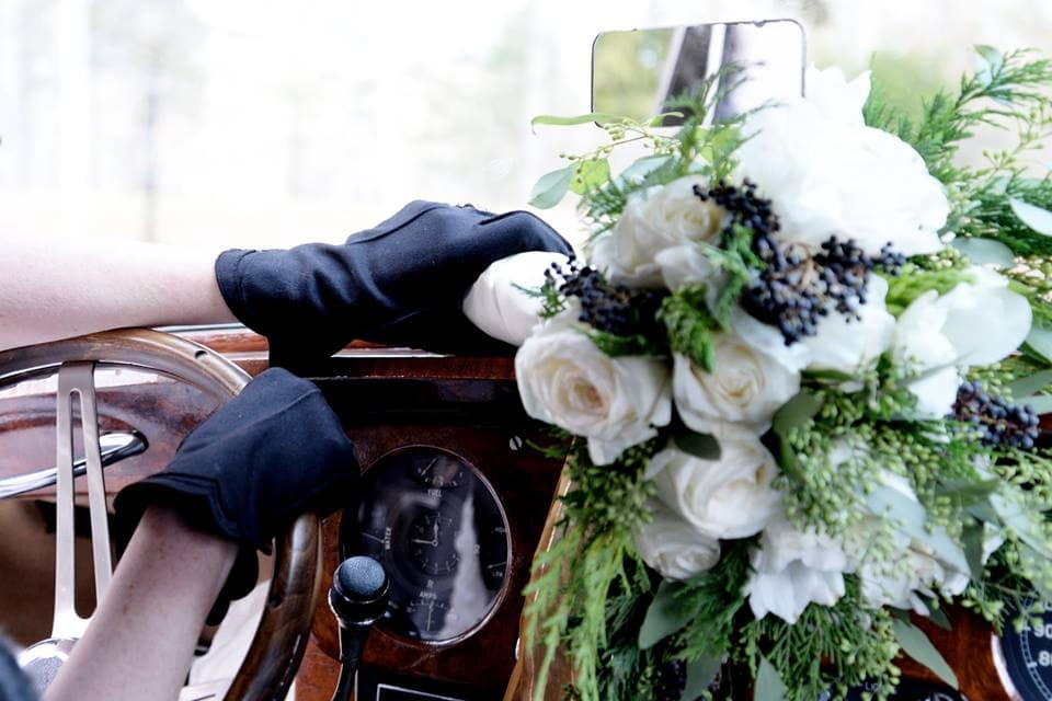 Vintage car wedding